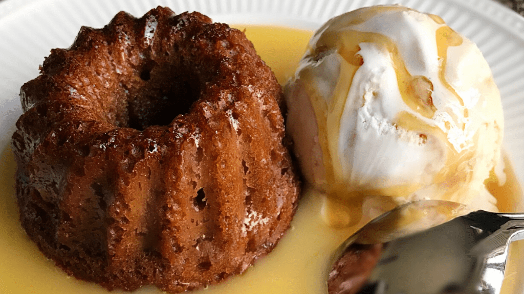 Kadealo, African desserts to die for, Malva Pudding, South Africa