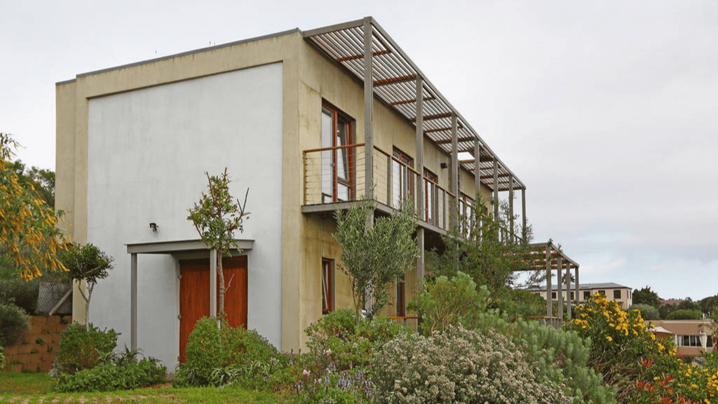 Kadealo, Innovative African Architecture, The Hemp House, South Africa