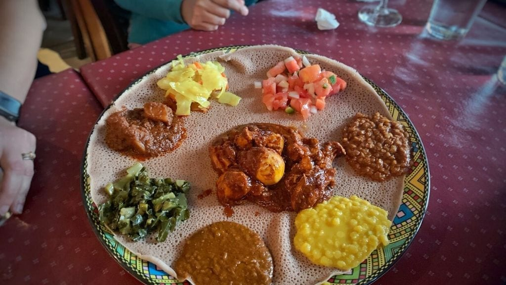 Kadealo, Mouth-Watering African Dishes, Injera and Tibs, Ethiopia