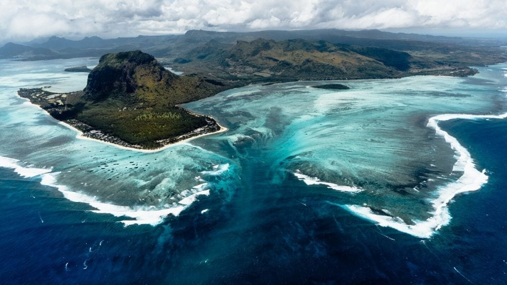 Kadealo, African Natural Wonders, Underwater Waterfall, Mauritius