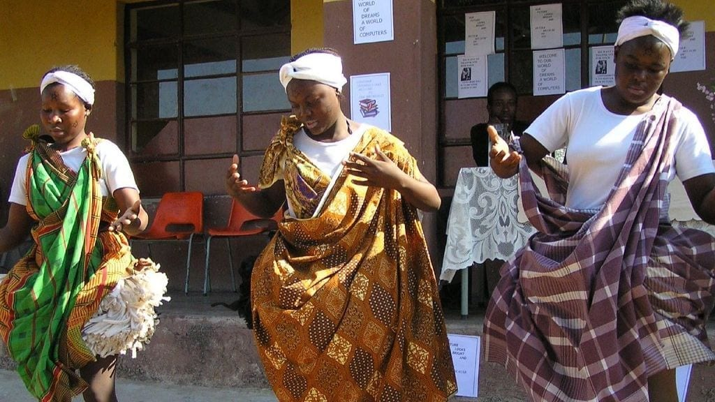 Kadealo, African Traditions, Dancing